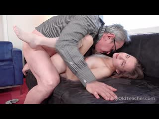 Bella Gray - Sweet Student Passes Test In Bed