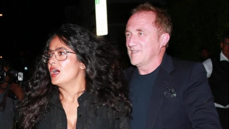 Сальма Хайек Пино с супругом замечены в Санта Монике 18 09 2019