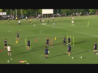 Футбольные упражнения на дриблинг от сборной Японии