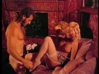 Эротические Приключения Трех Мушкетеров (С русским переводам) / Erotic Adventures Of The Three Musketeers (1992)