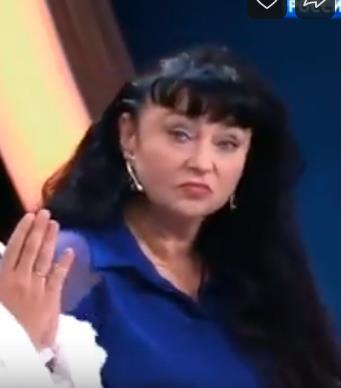 "Екатерина Терешкович в конце съемок ""Прямого эфира"" показала любовнице кулак."