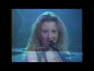 Tori Amos Musique Plus- Montreal 1994