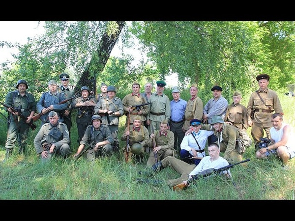 ТОТ САМЫЙ ПЕРВЫЙ ДЕНЬ Реконструкция событий июня 1941 года прошла в Калинковичском районе
