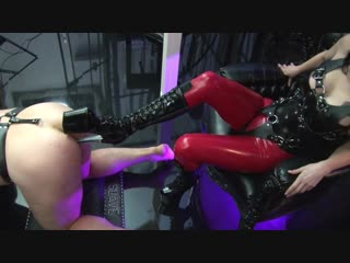 Fucked in the ass with a heel and the streams pissed her slave [strapon domina femdom goddess anal sissy latex золотой дождь]