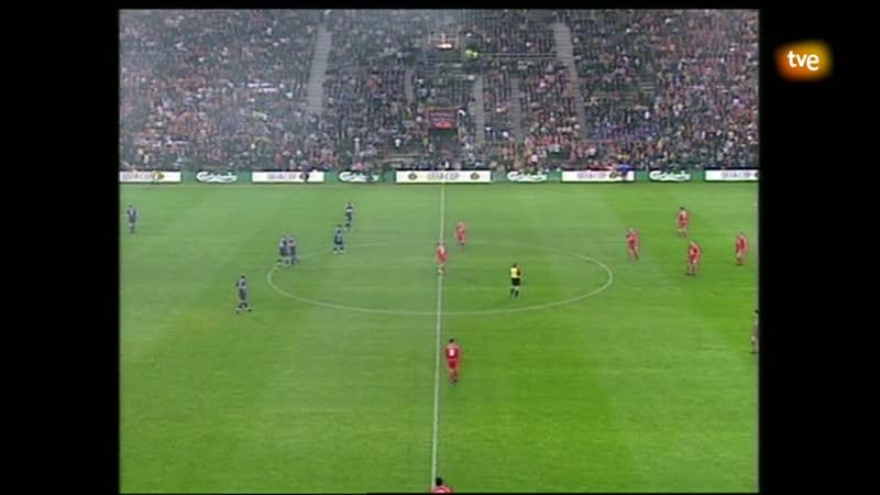 Кубок УЕФА 20002001. Финал. Ливерпуль (Англия) - Алавес (Испания)