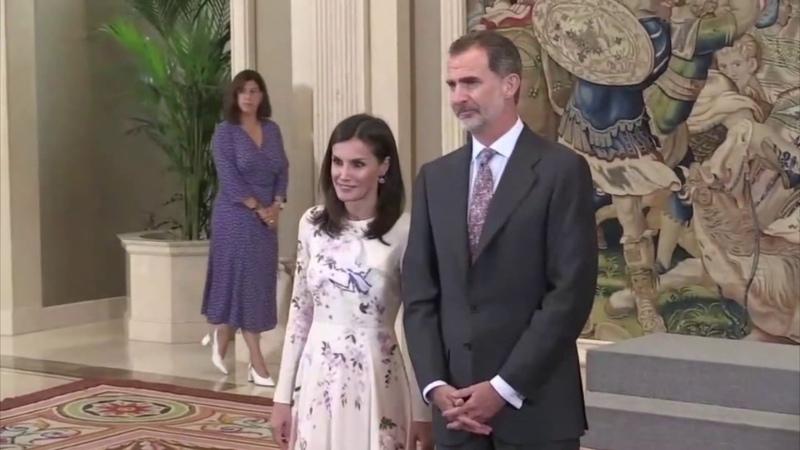 Incómodo momento entre reyes Felipe y Letizia