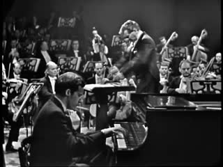 Glenn Gould and Leonard Bernstein- Bachs Keyboard Concerto No. 1 in D minor (BWV 1052)