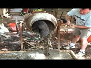 жопа в бетономешалке крутится под музыку из бригады