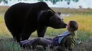 Медведь вынес приговор негодяю и устроил свой показательный суд в тайге