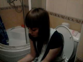 Русских девушка испражнилась на камеру лесби смотреть