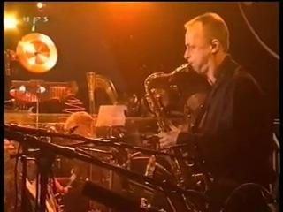Gino Vannelli Gino Vannelli Het Metropole Orchestra 2002