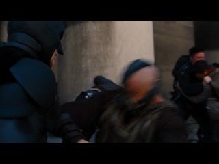 Хроники Тёмного рыцаря: Возрождение легенды - Глава 31. Бэтмен против Бейна - Битва за жизнь