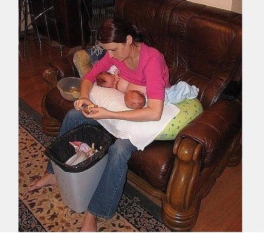 сын сончает даже не трогая маму