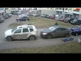 Парковочные войны в Петрозаводске или осенний неадекват. [18+]