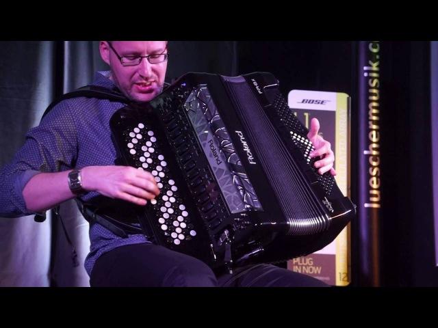 Ludovic Beier Roland FR8XB Demo 05 bei