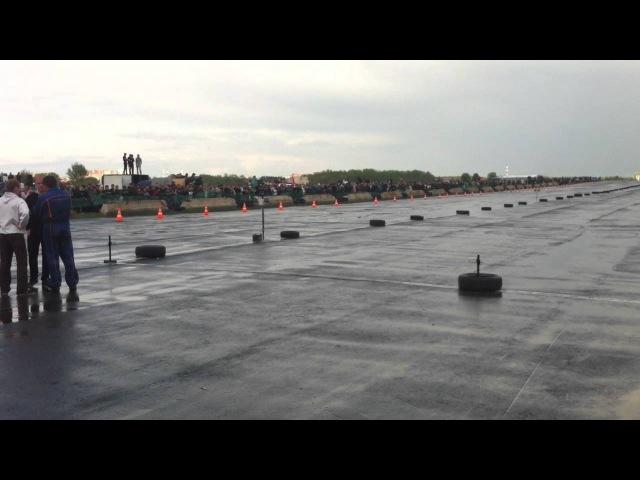 Гонки Дрэг Пермь Бахаревка 2011 BMW X5M vs EVO 6