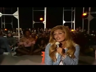 Dalida ♫ er war gerade 18 jahr (versión alemán) ♪ 1974