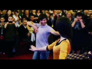 Танцевальный клип под красивую чеченскую песню-[]