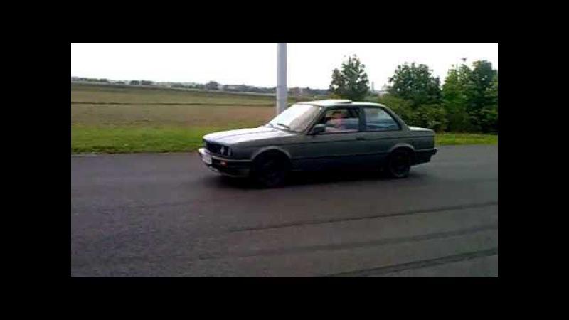 BMW E30 V8 M60B30