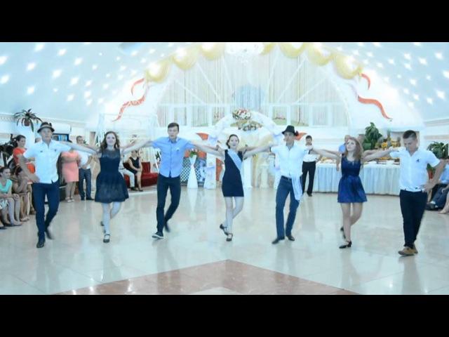 Nunta moldoveneasca Hora ca la sud ansamblul Codrenii