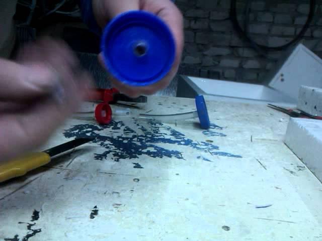 Самый дешевый штуцер для подачи воды на ниппельные поилки своими руками