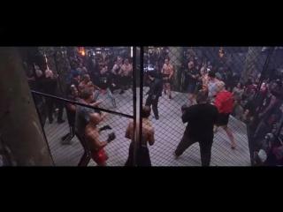 Джет Ли против толпы (пример плохой, на мой взгляд, боевой сцены)