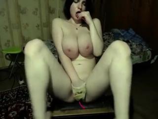 Hot live girl got big round tits