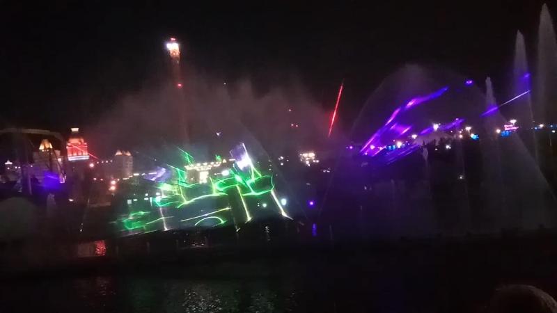 лазерное шоу в Сочи парке
