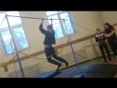 Цыганские танцы с обручем на гимнастическом турнике