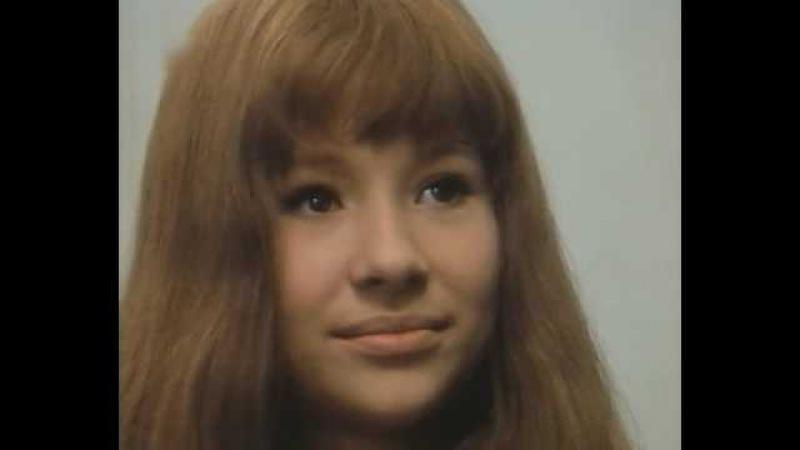 VALERIE E SUA SEMANA DE DESLUMBRAMENTO (Valerie A Týden Divu, 1970) Legendado PT-BR