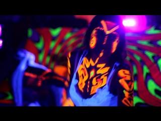LIGHT FLUOR DANCE (AVATAR PARTY)