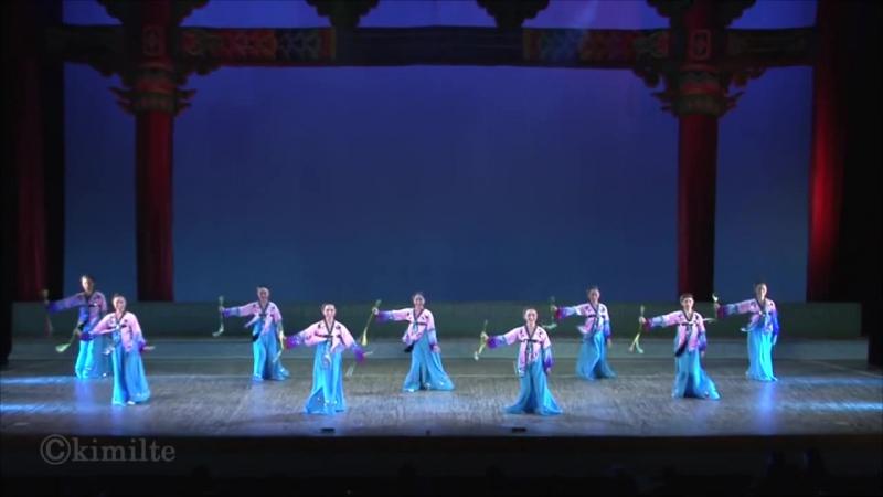 朝鮮舞踊 パクピョンの舞 조선무용 《박편무》