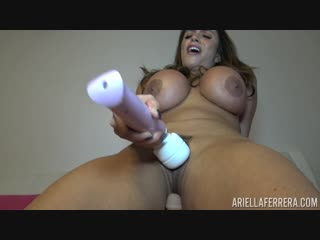 PornstarPlatinum Ariella Ferrera [Pussy Lip Magic]