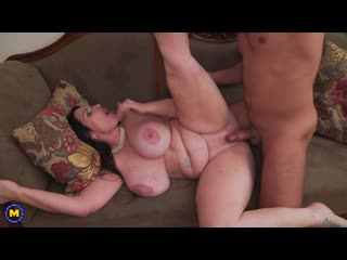 Big breasted josephine james gets a squirting orgasm and in return suck and fucks her lover who gives her a creampie