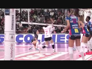 Amazing Volleyball Actions. DIGS - SAVES. LONG RALLY. Samsung Volley Cup 2018