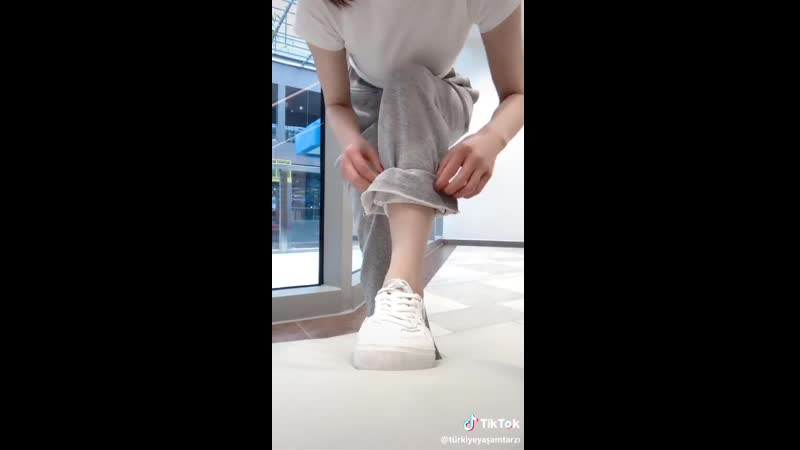 Easy way to get scrunched pant legs
