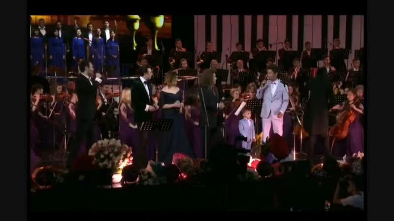 Дворец Дружбы Народов, концерт Женисбека Пиязова.