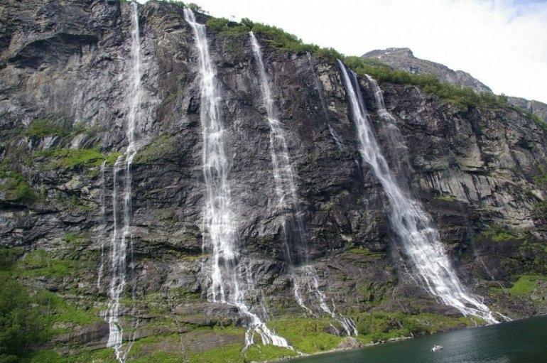 """Водопад """"Семь Сестер"""" в Норвегии, изображение №2"""
