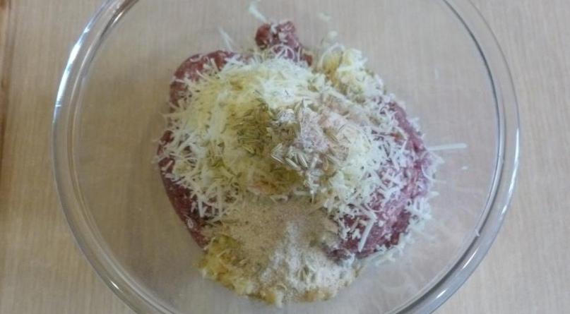 Тефтели с сыром и фенхелем