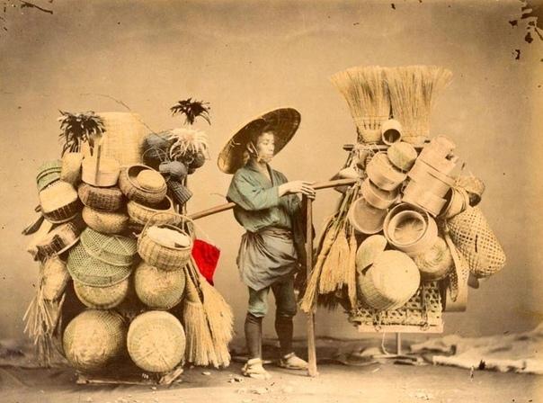 Япония 19-го века на фотографиях Феликса Беато Феликс Беато (Венеция, 1832 - Флоренция, 1909 гг.) был первым фотографом, который полностью посвятил себя фотографированию в Азии и на Ближнем