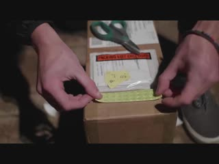Житель Калифорнии изготовил особую посылку для воров