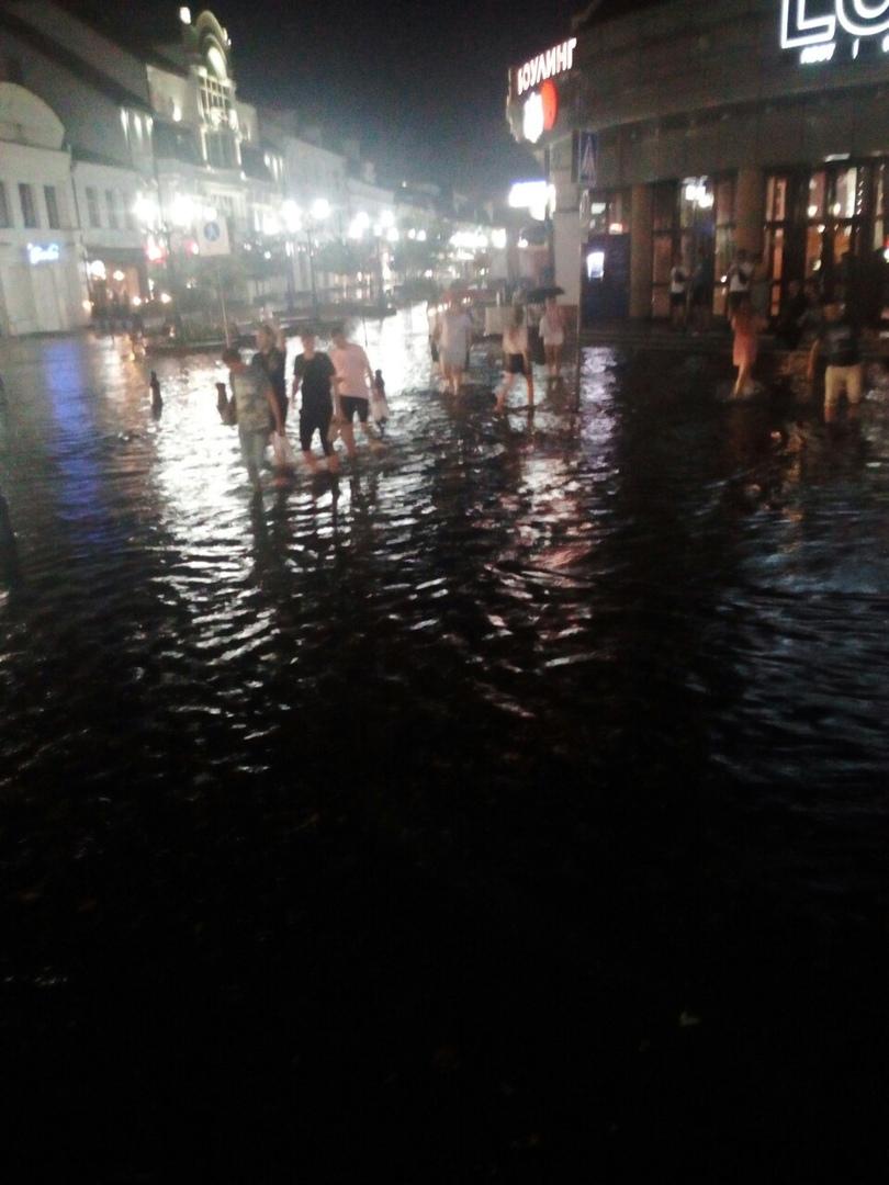 Сильный ливень обрушился на Брест вечером 19 августа
