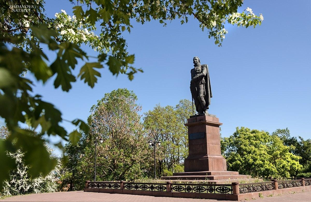 Памятники смоленска фото и описание