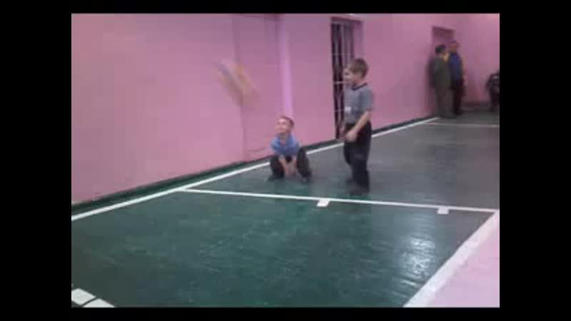 Маленькие волейболисты 1