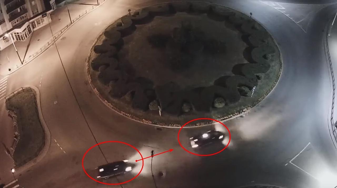 """Водители устроили """"представление"""" на кольце на Набережной. Получилось смешно"""