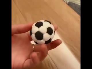 """Как сделать Футбольный мячик из мастики. / Наша группа в ВК: """"Торты на заказ. Мировые шедевры""""."""
