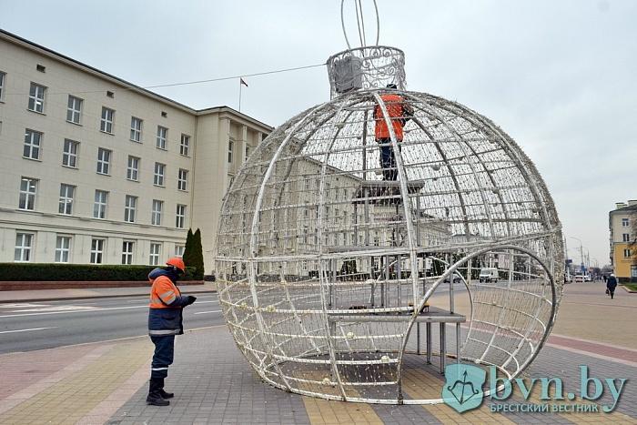 Чем будет отличаться нынешняя новогодняя елка в Бресте