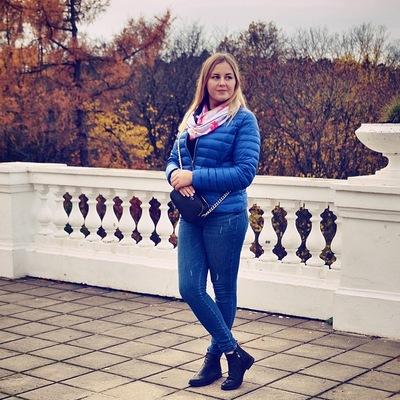 Елена Листова