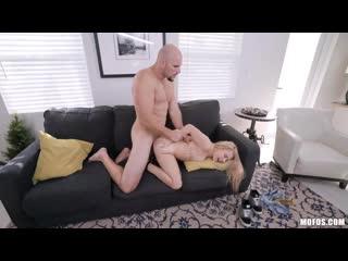 Skylar Valentine - The Smaller The Better [All Sex, Hardcore, Blowjob, Gonzo]