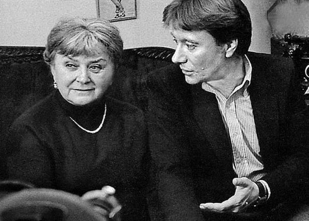 Мария Миронова, актриса и мама Андрея Миронова, сегодня ее день рождения  В каких фильмах она вам запомнилась